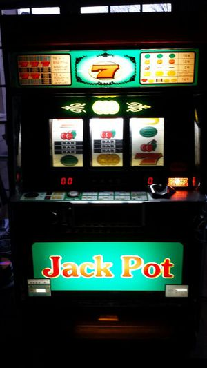 Slot Machine - Lucky Chance Pachislo Skill Stop Machine for Sale for sale  Decatur, GA