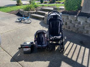 STROLLER CAR SEAT AND BASE GRACO BABY COMBO for Sale in Lynnwood, WA