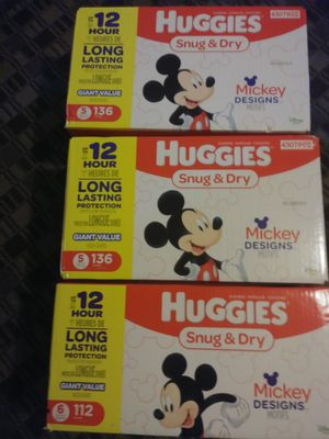 Huggies snug and dry diapers size 5 and 6 for Sale in Auburn, WA
