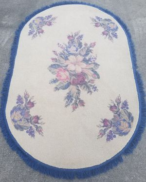 Beautiful Flower Floral Area Rug New for Sale in Three Rivers, MI