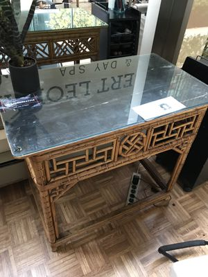 Antique wicker table with glass overlay for Sale in Seattle, WA