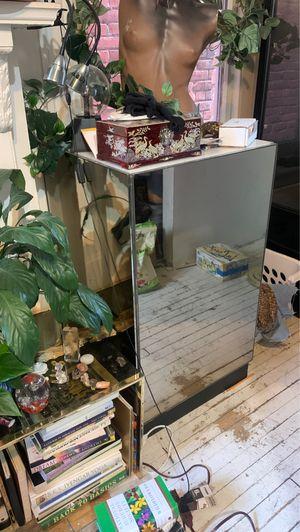 Mirror display case for Sale in Richmond, VA