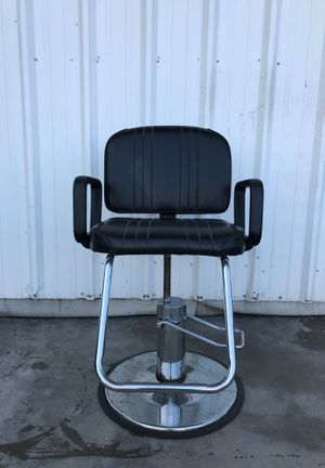Hair salon barber chair for Sale in Dallas, TX
