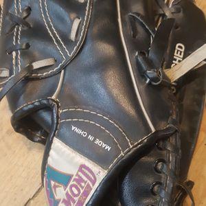 Baseball Glove 11 Inch for Sale in Chandler, AZ