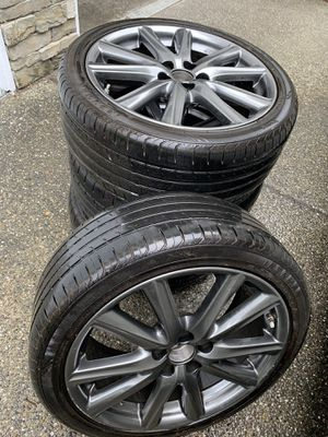"""2014 Lexus GS 350 F-sport original wheels, 19"""" with tires and original sensors for Sale in Lynnwood, WA"""