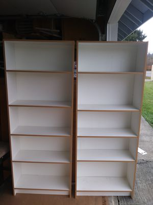 2 libreros blancos. for Sale in Kent, WA