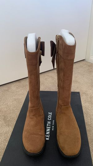 Knee high boots for Sale in Imperial, CA