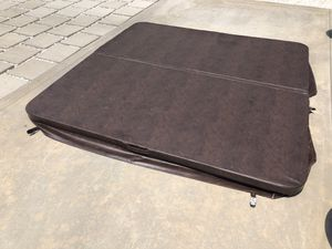 Hot tub cover for Sale in Lemon Grove, CA