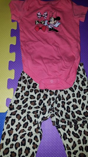 3 to 9 month baby girl clothes for Sale in Zephyrhills, FL