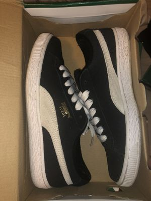 Puma black and white for Sale in North Bethesda, MD