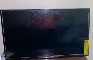 Smart TV, 30 inch for Sale in Lowell, MA
