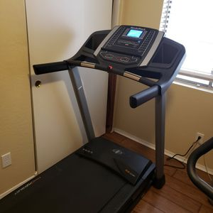 NordicTrack T 6.5 S Treadmill (Like New) for Sale in Mesa, AZ