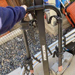Yakima Doubledow Hitch Bike Rack - Carries 4 Bikes for Sale in San Diego, CA