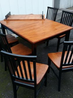 Kitchen Table with 6 Chairs for Sale in Mukilteo,  WA