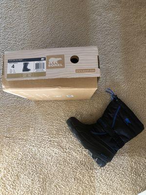 Sorel kids snow boot for Sale in San Ramon, CA