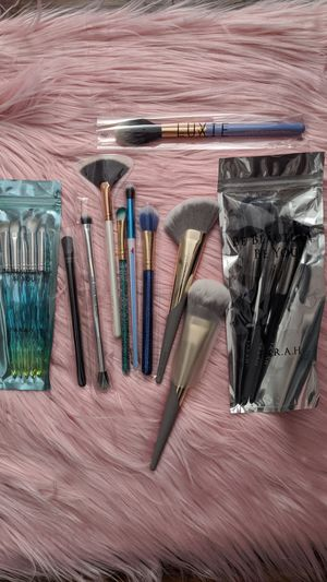 Makeup brushes for Sale in Milton, WA