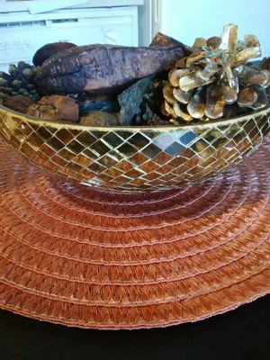 MIRROR TILED BOWL WITH POTPOURRI for Sale in Lakewood, CO