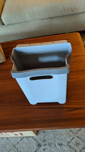 LIGHTLY USED - Collapsible waste/compost bin for Sale in Portland, OR