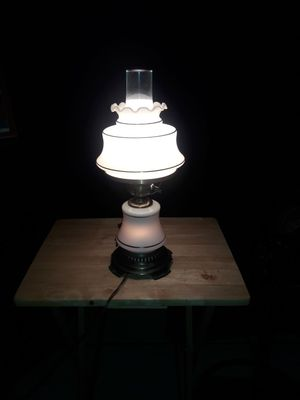 Antique Quozel Hurricane Table Lamp for Sale in Plant City, FL