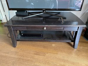 Black coffee table/tv stand for Sale in Nashville, TN