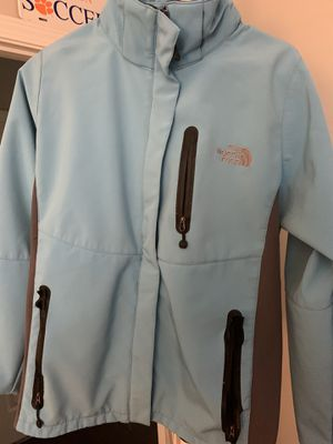 Men's North Face Jacket for Sale in McDonough, GA
