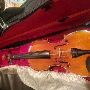 New 4/4 Samuel Eastman Violin Vl100 for Sale in Las Vegas, NV