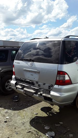 2002 Mercedes Benz ML500 for parts for Sale in Houston, TX