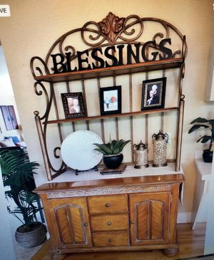 Classic Dining Hutch for Sale in Bothell, WA