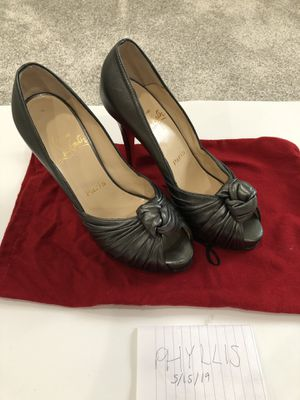 Christian Louboutin metallic gray Lady Gres 7.5 37.5 for Sale in Cerritos, CA
