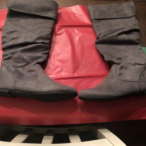 Size 7.5 women's Footwear for Sale in Costa Mesa, CA