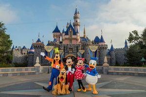 Need 4 Disneyland tickets for Sale in Riverside, CA