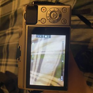 FUJIFILM X-A3 Mirrorless Camera for Sale in Los Angeles, CA