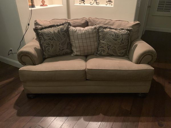 Couch, Loveseat, Chair &Ottoman