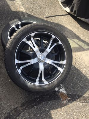 "20"" inch rims and tires for Sale in Englishtown, NJ"