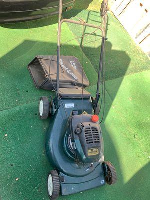 Craftsman lawn mower for Sale in Pomona, CA
