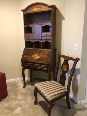 Price drop!!!! 2 Piece secretary's station/desk with chair. for Sale in Annapolis, MD
