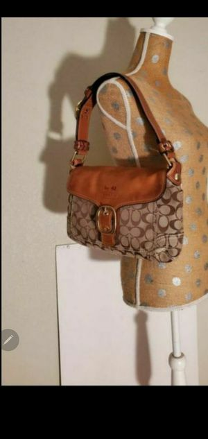 Like NEW vintage coach bag with wallet for Sale in Round Rock, TX
