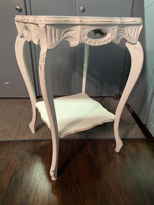 Shabby Chic vintage Side Table for Sale in St. Petersburg, FL