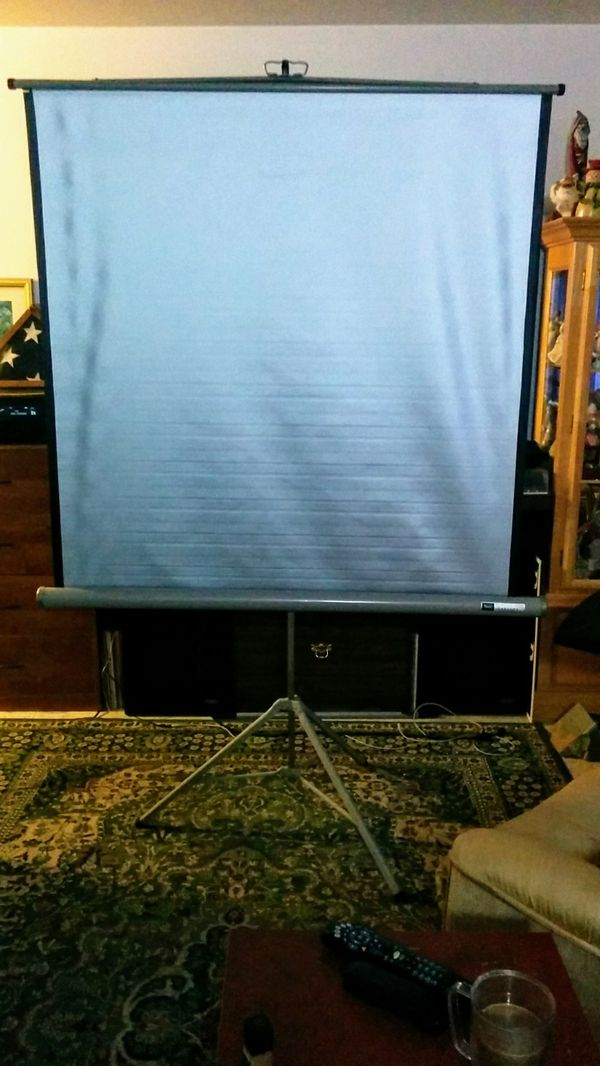 Sears Tower Super Automatic 8mm Film Projector and Screen