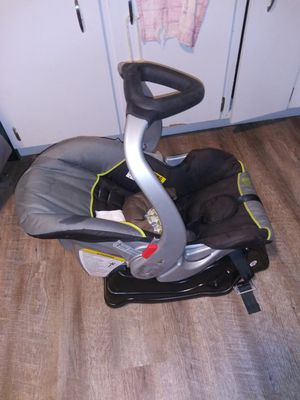 Infant car seat for Sale in Tampa, FL
