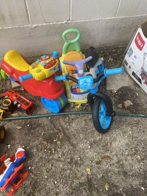 Free kids toys for Sale in Clearwater, FL