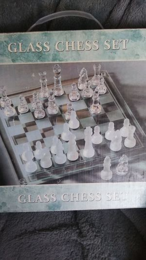 Glass Chess Set for Sale in Estancia, NM