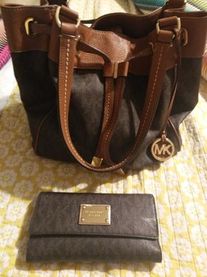 Mk bag and wallet[ for Sale in Lake Wales, FL