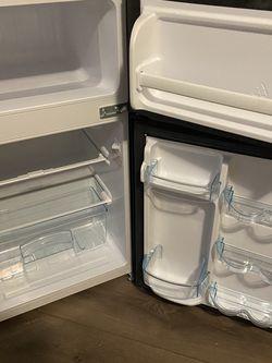 Mini Refrigerator for Sale in Gainesville,  FL