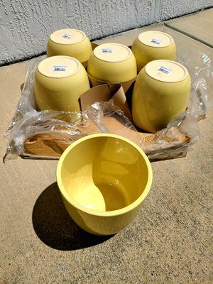 Ceramic Yellow Pots (6) for Sale in Miami, FL