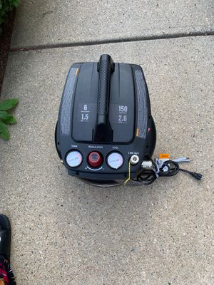 Briggs & Stratton 6 Gallons Air Compressor for Sale in Milford, MA