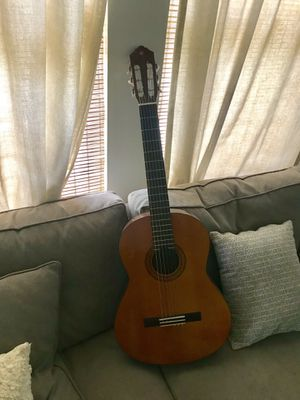 Yamaha C40 Classical Guitar for Sale in Austin, TX