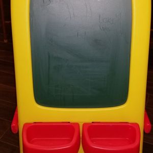 Crayola Foldable Easel Board for Sale in Floral Park, NY