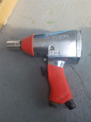 Husky 024-0198 Impact wrench for Sale in Tampa, FL
