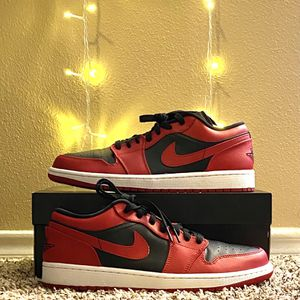 """Nike Air Jordan 1 Retro Low """"Reverse Bred"""" Size 9.5, Style Code 553558606 for Sale in Norman, OK"""